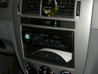 Фотография установки магнитолы Alpine CDE-173BT в Chevrolet Lacetti