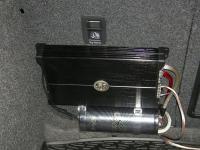 Установка усилителя DLS XM10 в Skoda Octavia (A5)