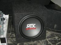 Установка сабвуфера MTX RT10-04 box в Lexus RX II