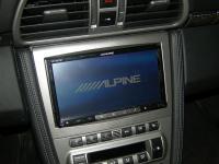 Фотография установки магнитолы Alpine INE-W977BT в Porsche 911 (997)