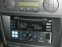 Фотография установки магнитолы Alpine CDE-W235BT в Ford Mondeo 3 (Mk III)