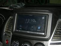 Фотография установки магнитолы Pioneer AppRadio SPH-DA110 в Mitsubishi Pajero Sport
