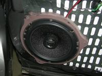 Установка акустики Morel Maximo Coax 6 в Nissan X-Trail (T31)