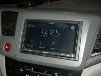 Фотография установки магнитолы Pioneer AppRadio SPH-DA110 в Honda Civic IX