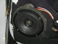 Установка акустики Morel Hybrid Integra 602 в Mitsubishi Outlander XL