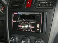 Фотография установки магнитолы Pioneer FH-X360UB в Subaru XV