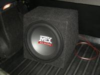 Установка сабвуфера MTX RT12-04 box в Renault Sandero