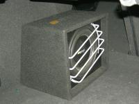 Установка сабвуфера Eton Force 10-600 G в Volkswagen Passat B6