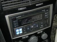 Фотография установки магнитолы Alpine CDE-W235BT в Opel Astra H
