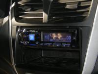 Фотография установки магнитолы Alpine CDE-175R в Hyundai Solaris