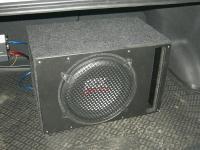 Установка сабвуфера MTX RT12-04 vented box в KIA Rio III