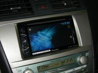 Фотография установки магнитолы Pioneer AVH-X2600BT в Toyota Camry V40