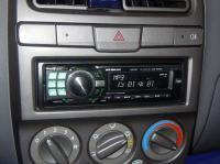 Фотография установки магнитолы Alpine CDE-9880R в Hyundai Accent