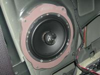 Установка акустики Morel Tempo Coax 6 в Opel Astra J GTC