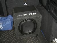 Установка сабвуфера Alpine SWE-815 в Citroen DS4