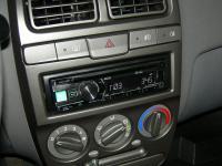 Фотография установки магнитолы Alpine CDE-181R в Hyundai Accent