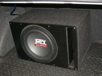 Установка сабвуфера MTX RT12-04 vented box в Volkswagen Polo V