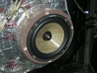 Установка акустики Focal Performance PS 165 FX в Mercedes ML (W164)