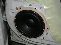 Установка акустики Morel Tempo 6 в Chevrolet Orlando