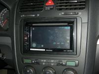 Фотография установки магнитолы Pioneer AVH-X1600DVD в Volkswagen Multivan