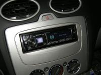 Фотография установки магнитолы Alpine CDE-178BT в Ford Focus 2