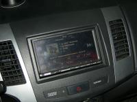 Фотография установки магнитолы Alpine ICS-X8 в Peugeot 4007