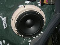Установка акустики Morel Tempo 6 в Volkswagen Caravelle