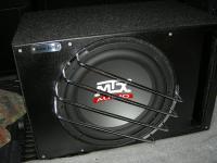 Установка сабвуфера MTX RT12-04 vented box в Nissan Patrol