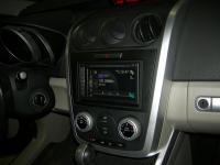 Фотография установки магнитолы Pioneer AVIC-F960BT в Mazda CX-7