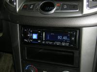 Фотография установки магнитолы Alpine CDE-175R в Chevrolet Captiva