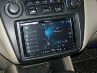 Фотография установки магнитолы Pioneer AVH-X4600DVD в Honda Accord