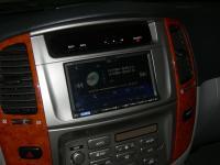 Фотография установки магнитолы Alpine ICS-X8 в Toyota Land Cruiser 100