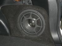 Установка сабвуфера Morel Primo 104 в Subaru Forester (SJ)