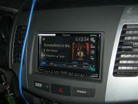 Фотография установки магнитолы Pioneer AVH-X8600BT в Peugeot 4007