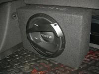 Установка сабвуфера Hertz DBX 30.3 в Chevrolet Cruze
