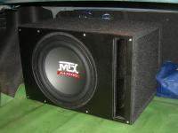 Установка сабвуфера MTX RT12-04 vented box в Chevrolet Cruze