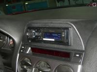 Фотография установки магнитолы Pioneer DEH-80PRS в Mazda 6 (I)