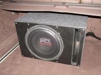 Установка сабвуфера MTX RT12-04 vented box в BMW X5 (E70)