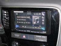 Фотография установки магнитолы Pioneer AVH-X8600BT в Mitsubishi Outlander III