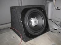 Установка сабвуфера JBL GT5-12 box в Toyota Land Cruiser 100