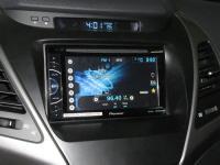 Фотография установки магнитолы Pioneer AVH-X1600DVD в Hyundai Elantra V