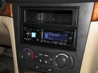 Фотография установки магнитолы Alpine CDE-178BT в Chevrolet Epica