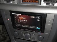 Фотография установки магнитолы Pioneer AVH-X8600BT в Opel Vectra