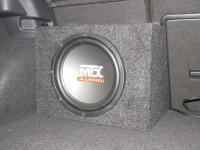 Установка сабвуфера MTX RT12-04 box в Volkswagen Golf