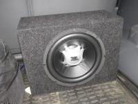 Установка сабвуфера JBL GT5-10 в Toyota Land Cruiser 120