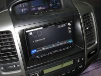Фотография установки магнитолы Pioneer AVH-X8600BT в Toyota Land Cruiser 120