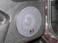 Установка акустики Audio System M 130 в Lada Niva