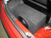 Установка сабвуфера JBL GT5-10 в Peugeot 107