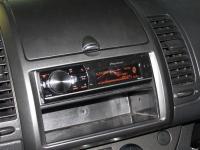 Фотография установки магнитолы Pioneer DEH-80PRS в Nissan Note