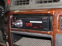 Фотография установки магнитолы Pioneer DEH-X8700BT в Nissan Patrol